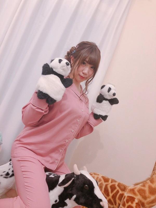 けもフレのアライさん役新人声優・小野早稀、パジャマお○ぱいの突起が凄いww