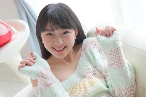 元美少女Jrアイドル河村楓華(河村みるく)ゴムの握り方が明らかに手コキなんだが
