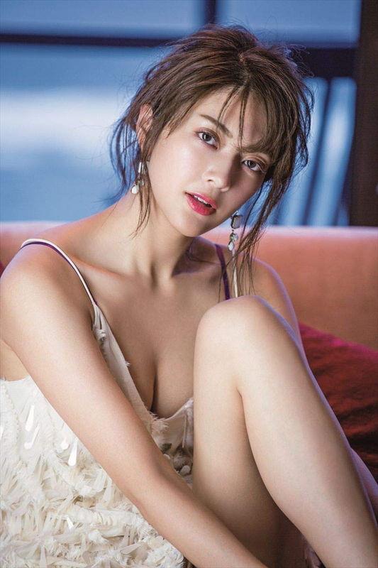 ドクターXで女優デビューした元モデル田中道子、肉体改造でムッチリ度上げた体にランジェリーを身に着け色気ムンムン